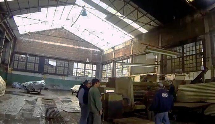 Triste: Puede cerrar fábrica