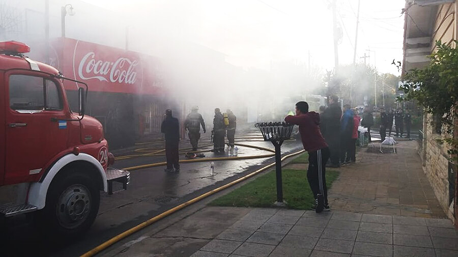 Incendio en Morón: Local