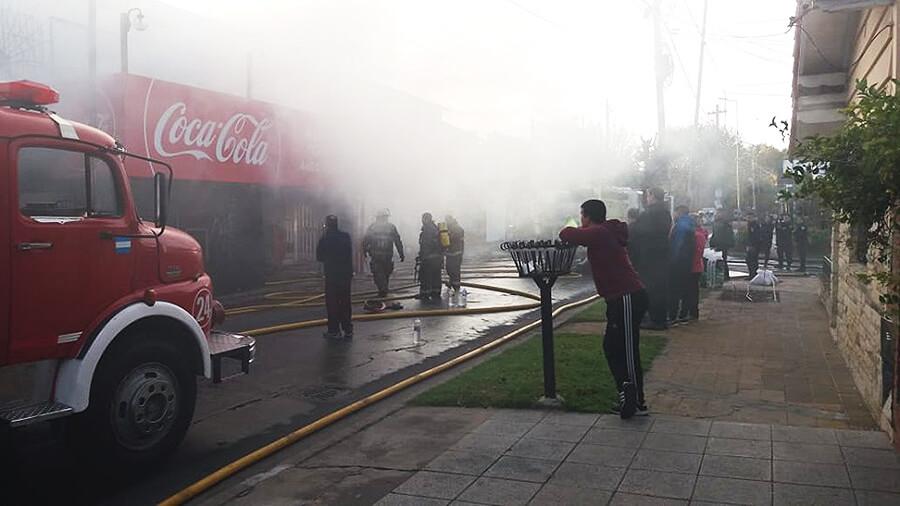 Incendio en Morón: Local