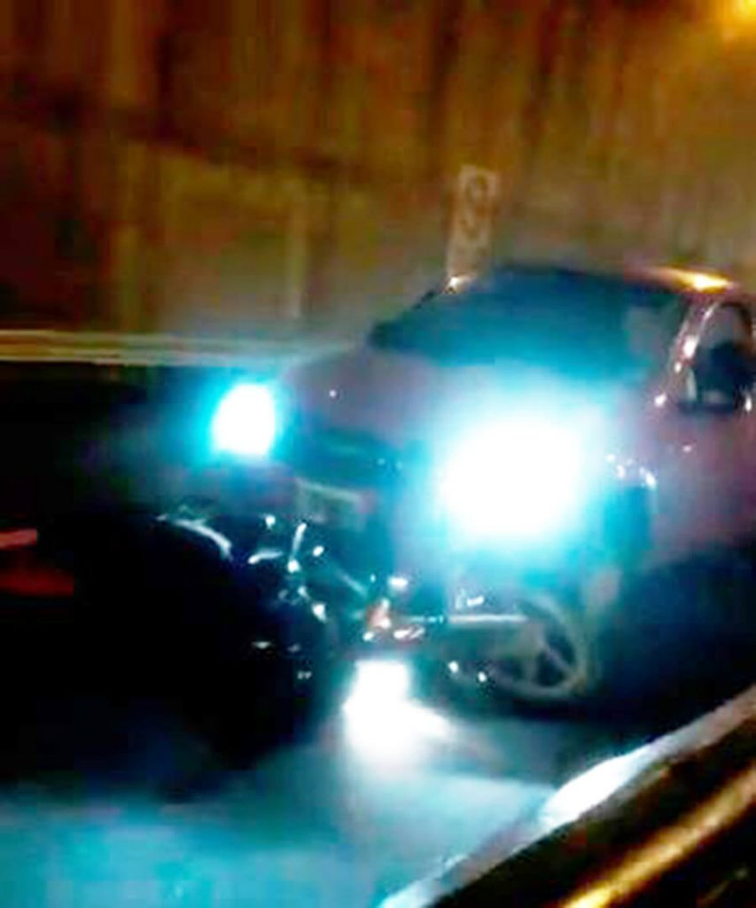 https://diarioanticipos.com/2019/05/04/moto-loco-en-la-autopista-la-arrastro-300-metros-video/