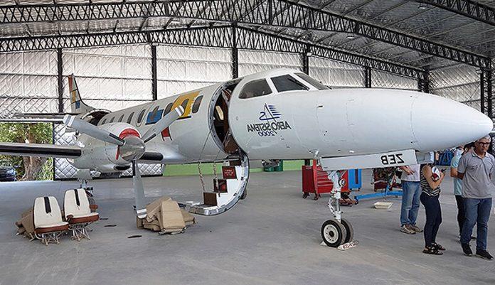 Aviones: Hangaraje y reparación