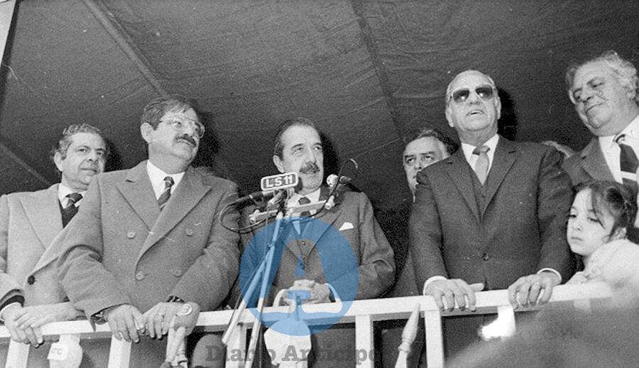Raúl Alfonsín en Morón