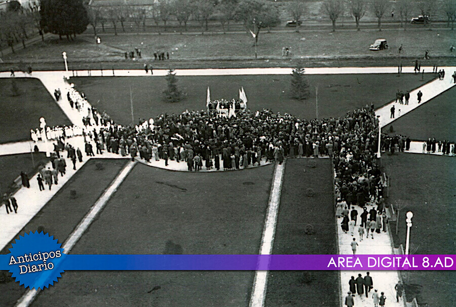 Inauguración Plaza 20 de Febrero Ituzaingó
