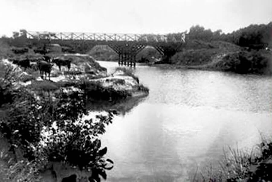 Puente Márquez y Río Reconquista