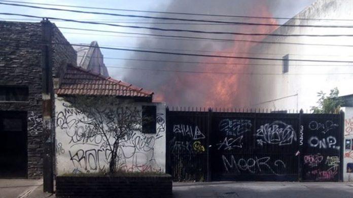 Morón Incendio brutal sobre Castelar