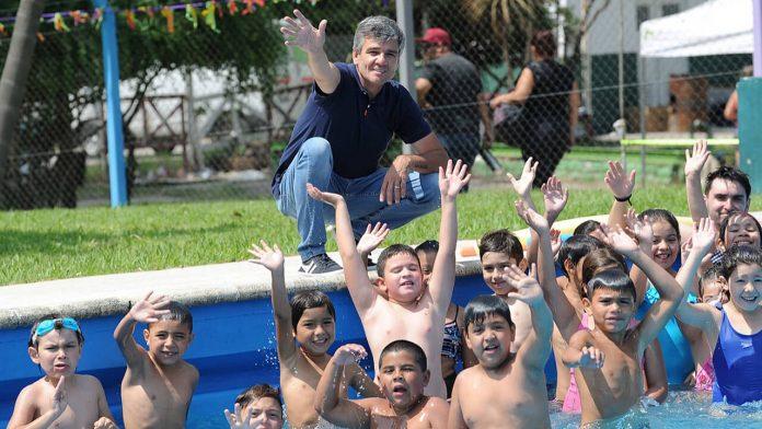 Hurlingham: El Intendente prometió un Polideportivo