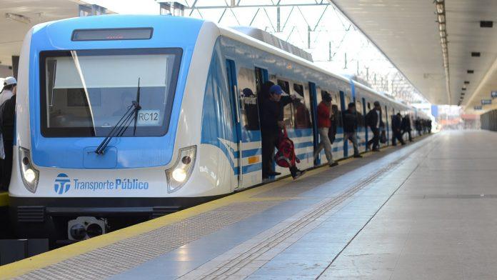 Coronavirus: viajar únicamente sentado en trenes y colectivos