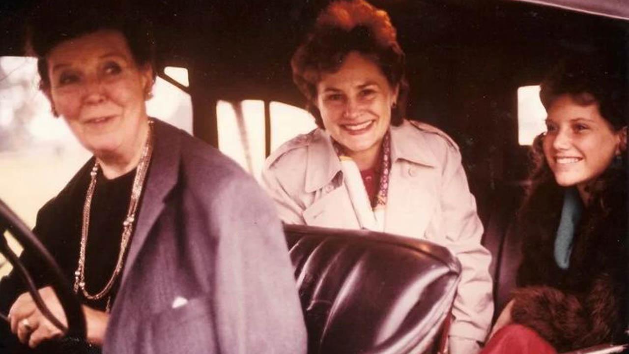 La norteamericana que recorría Hurlingham en su Ford-T trasladando gente Diario Anticipos