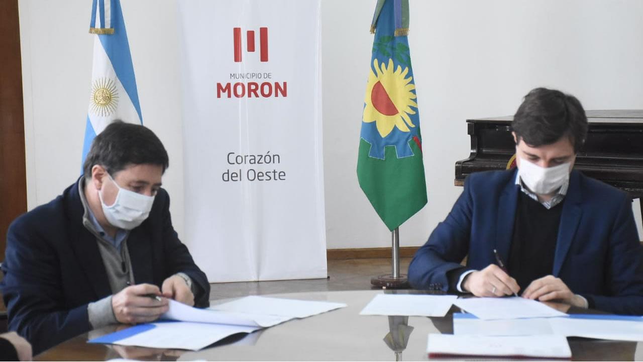 Ghi y Arroyo firmaron el convenio