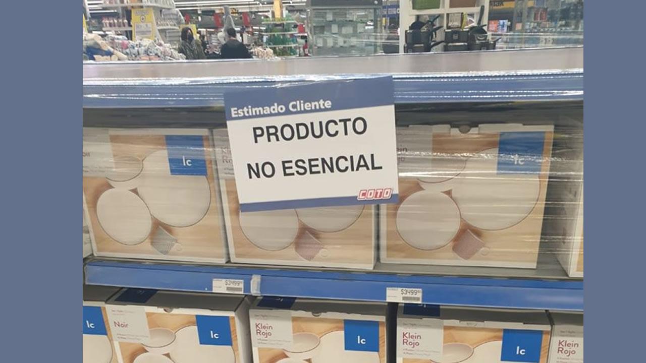 Intendentes quieren que sólo se vendan productos esenciales.