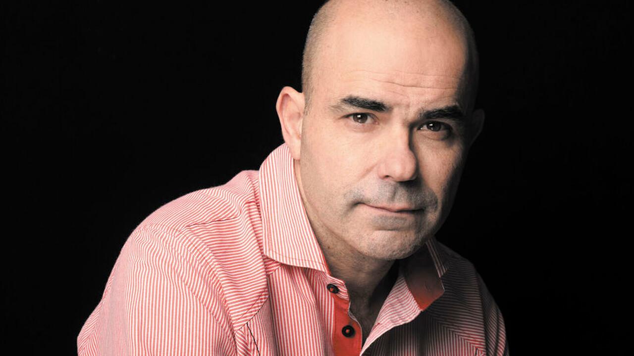 Se enojó el escritor Alejandro Sacheri