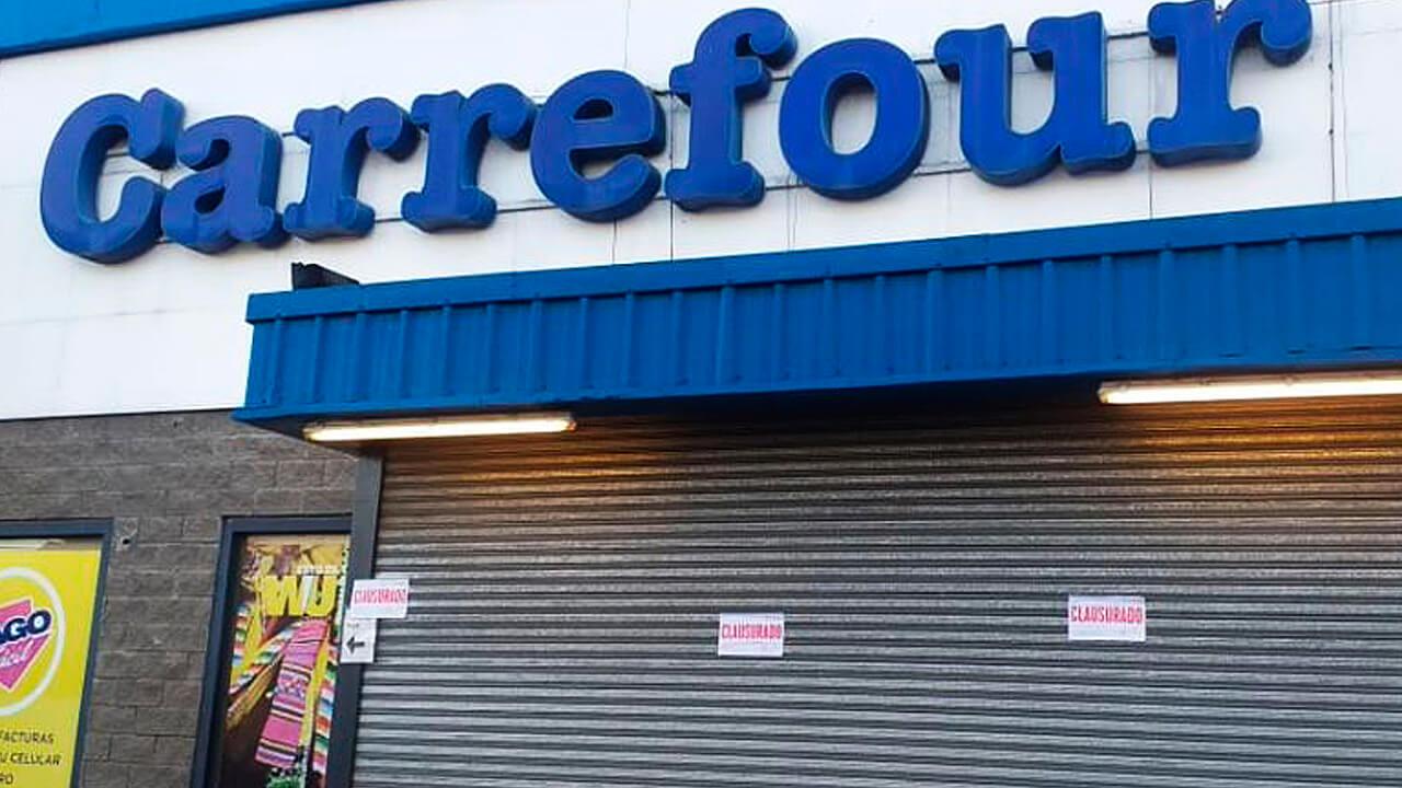 Ituzaingó: Clausuran dos locales de Carrefour