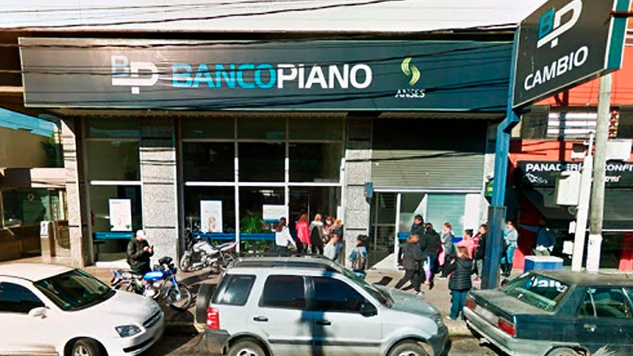 El Palomar: Banco Piano
