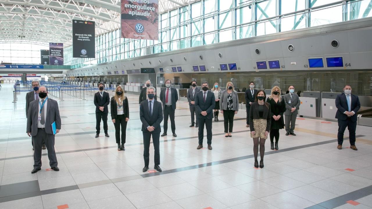 Regresarán los vuelos y el transporte aereocomercial