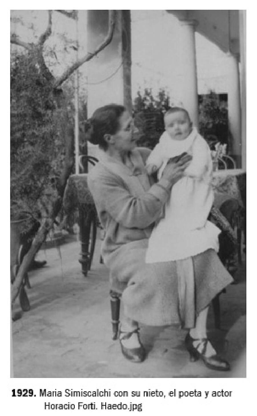 1929 - María Simiscalchi con su nieto Horacio Forti