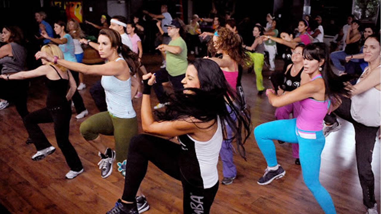 Ituzaingó: zumba entrenamiento y yoga en La Torcaza