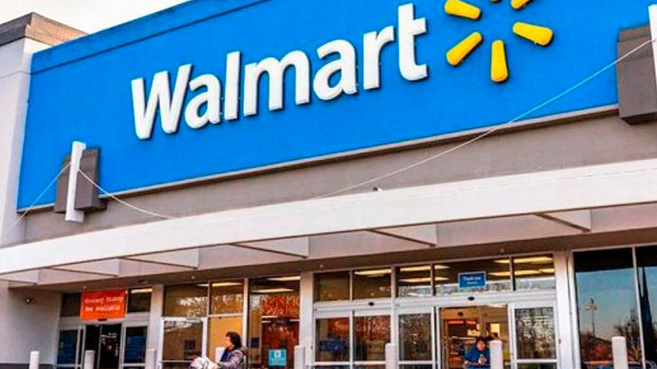 Se va Walmart: De Narváez compró la cadena de supermercados.