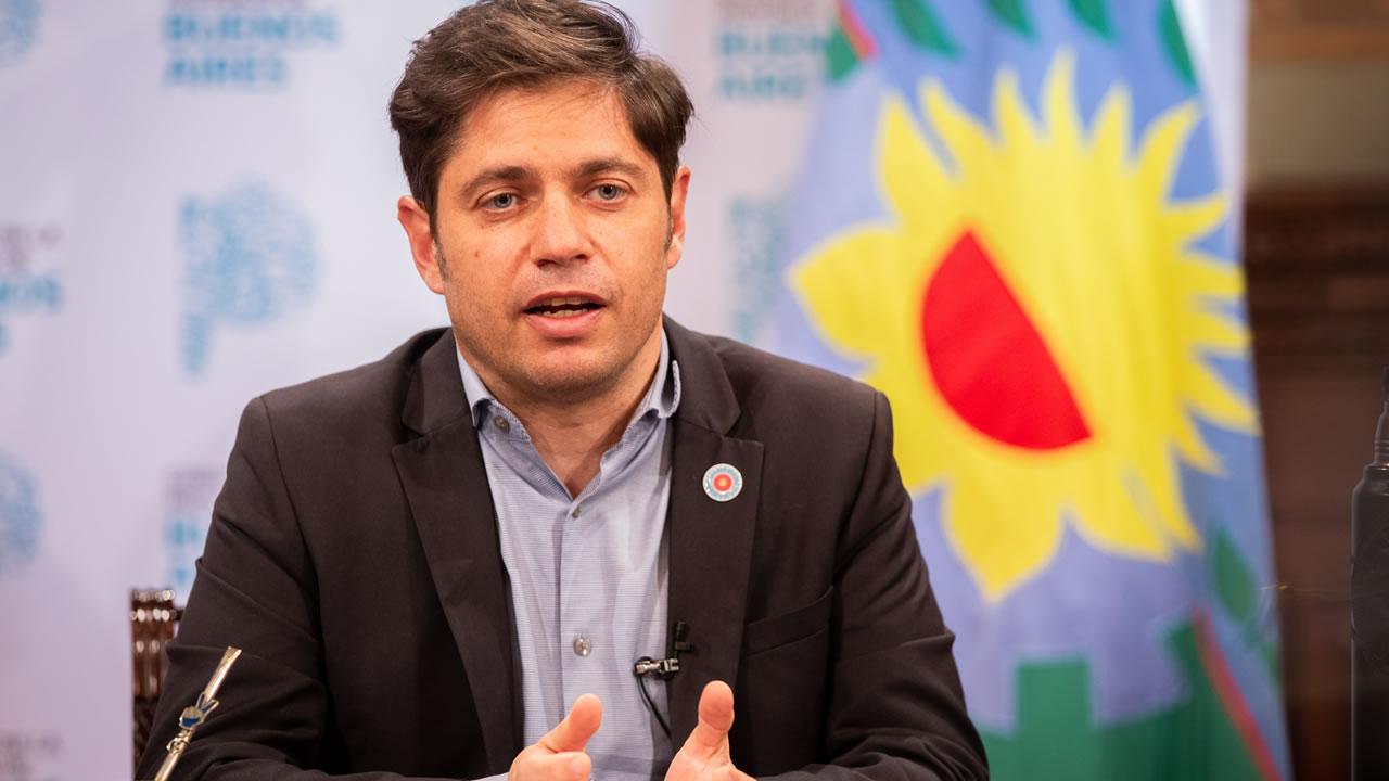 Axel Kicillof reveló que el gobierno bonaerense prepara un plan de vacunación de seis meses.