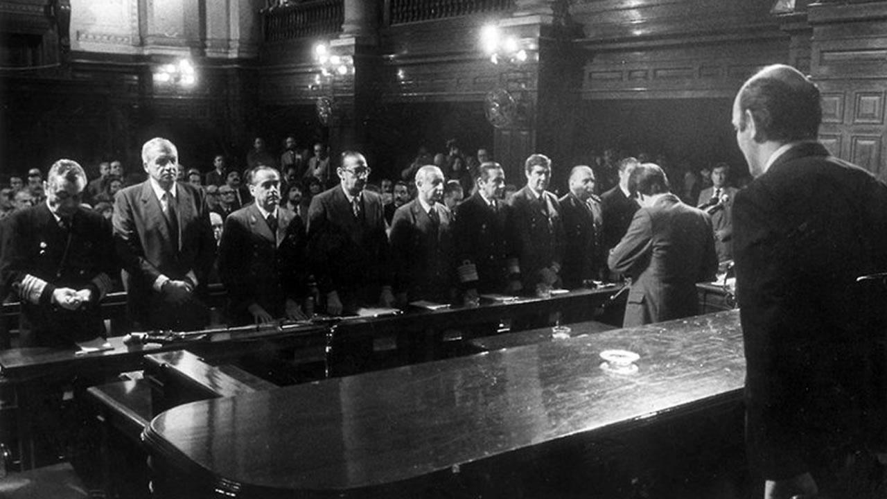 Hace 35 años leían la sentencia en el Juicio a las Juntas