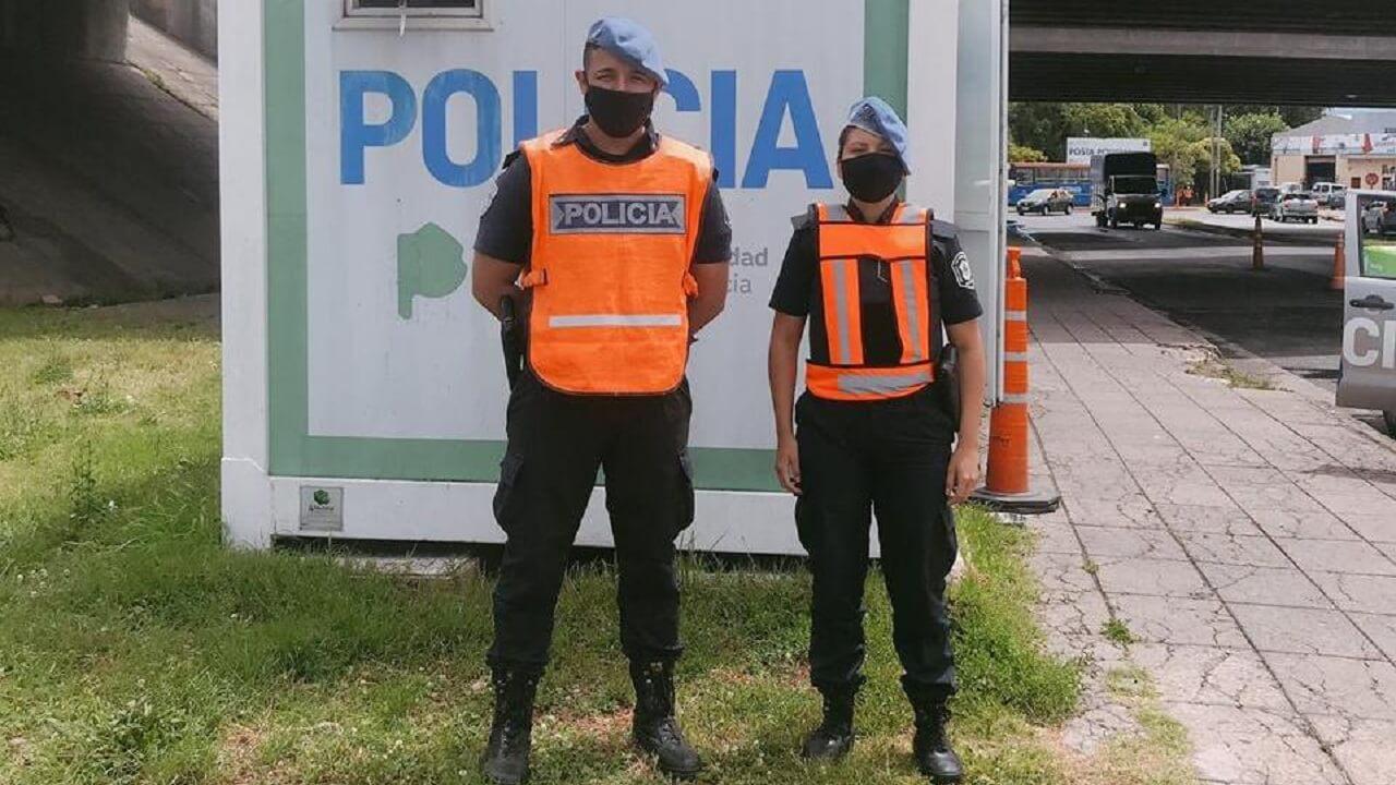 En Castelar policías