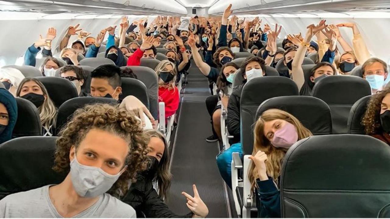 Se hizo viaje de egresados y por ello hubo aumento de contagios