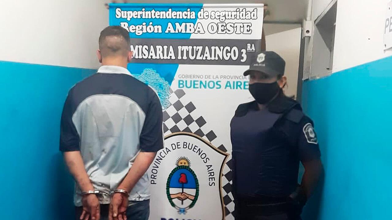 Ituzaingó: Detienen dos ladrones de casas y dos se fugan
