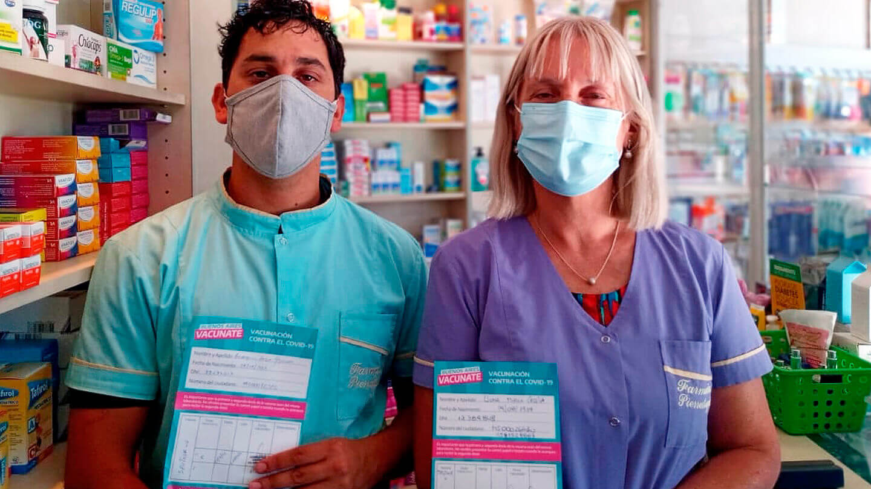 Como trabajadores de la salud, los farmacéuticos reclaman prioridad para vacunarse