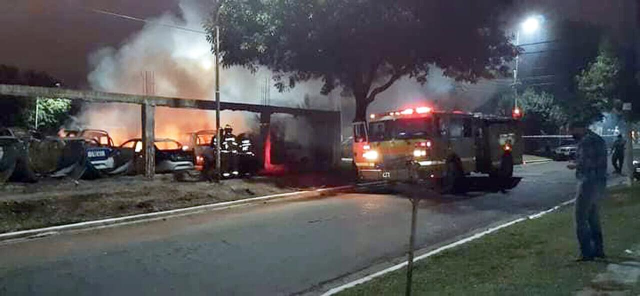 Ahora en Morón se incendio Servicio Públicos