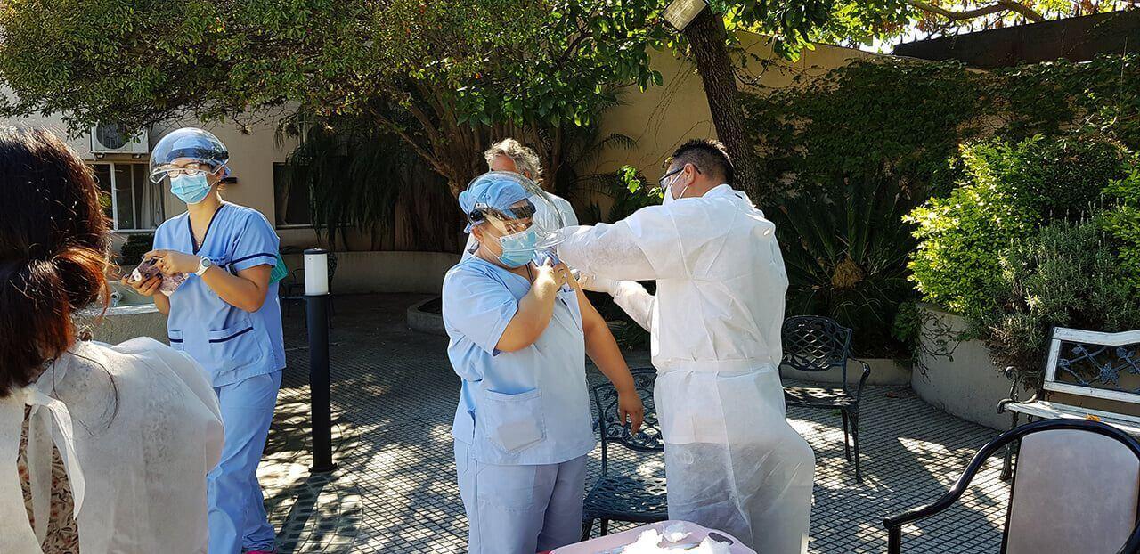 Todo el Geriátrico Hogar del Dr. Ovando ya recibió las dos dosis contra el COVID - 19
