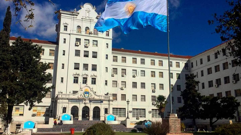 Luego de la balacera, la manicura venezolana agoniza en el Instituto de Haedo