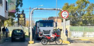 """Morón: Se quedó """"duro"""" en el túnel French Azcuénaga"""