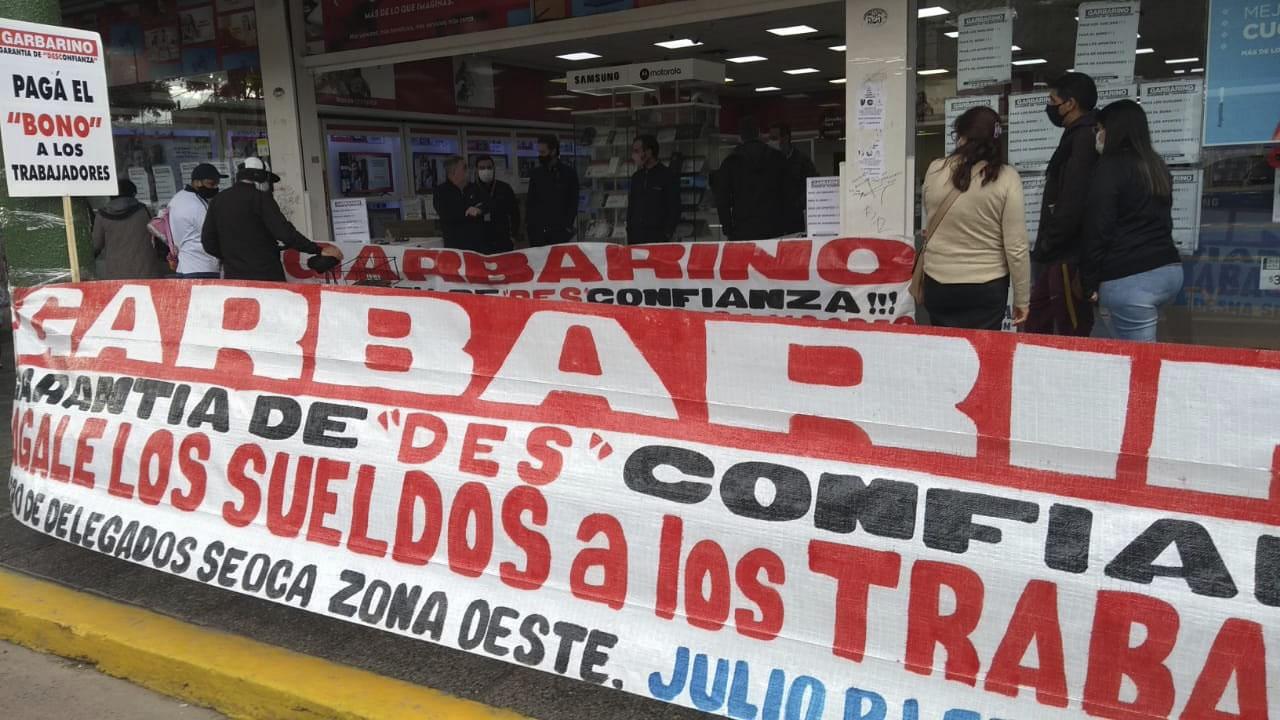 Trabajadores de Garbarino