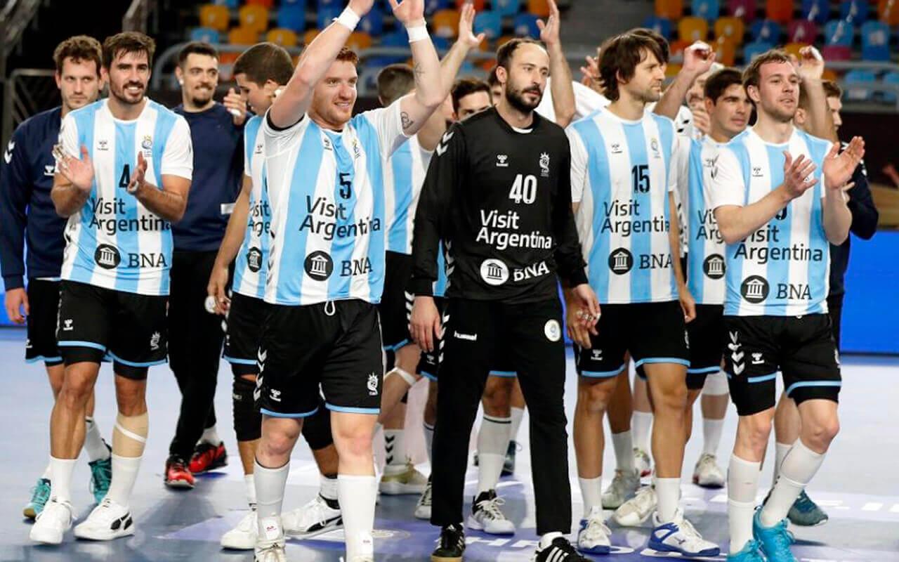 Morón copó la Selección de Handball empezando por el arquerazo Leonel Maciel