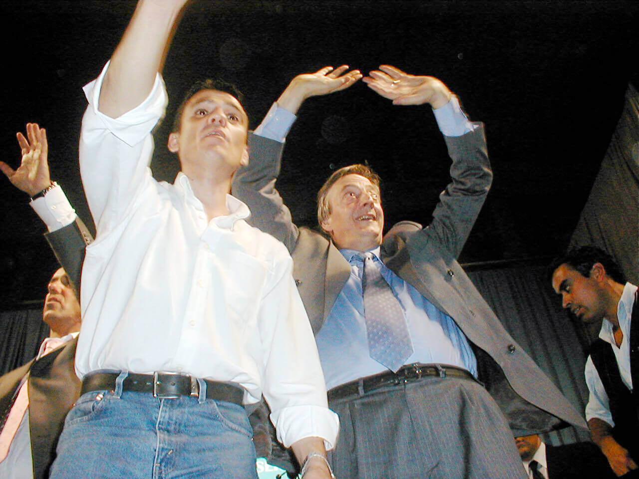 2003 - Juan Zabaleta y Néstor Kirchner en el 77 FC
