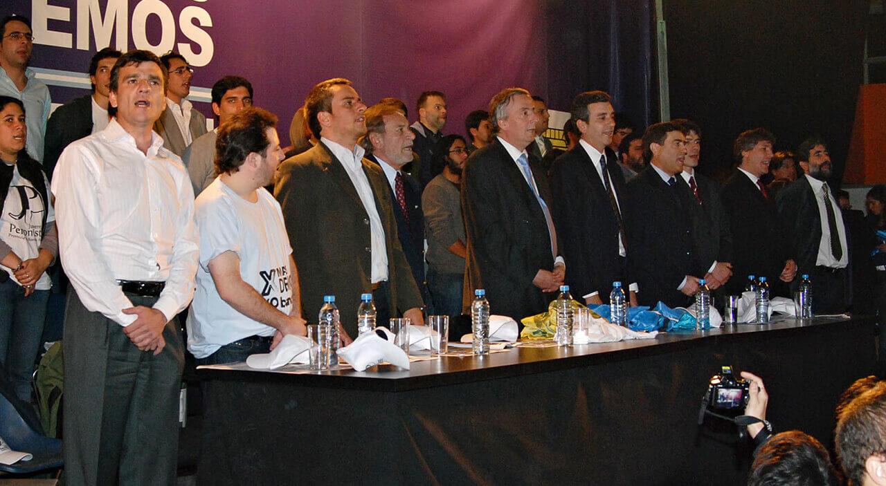 2009 - Néstor Kirchner, Alberto Balestrini y Juan Zabaleta en Morón durante la campaña legislativa del ex Presidente