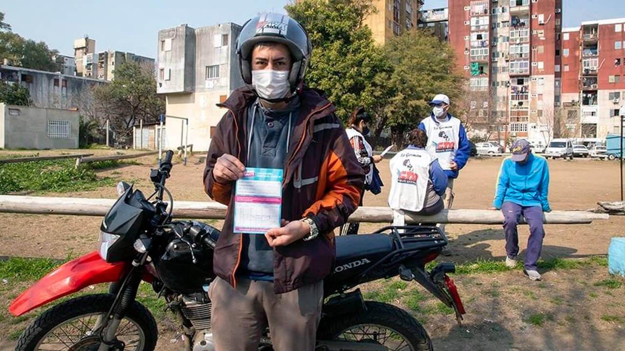 En Provincia de Buenos Aires vacunan puerta a puerta